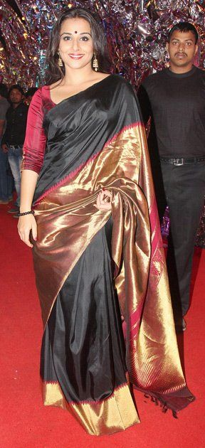 #Bollywood #Saree