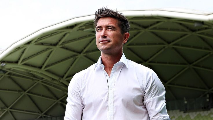 Harry Kewell set for first managerial job at Crawley Town - reports