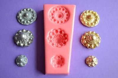 Zeeuwse knop (Zealand knob) mold to make cake decorations with fondant, marzipan or gumpaste. Also for casting soap.