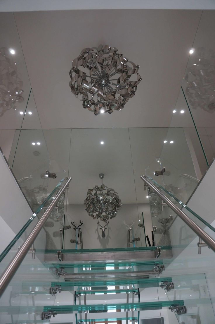 Stainless handrail for glass staircase