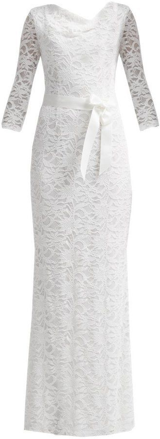 Pin for Later: Die 30 schönsten Brautkleider von der Stange  Young Couture by Barbara Schwarzer Kleid (230 €)