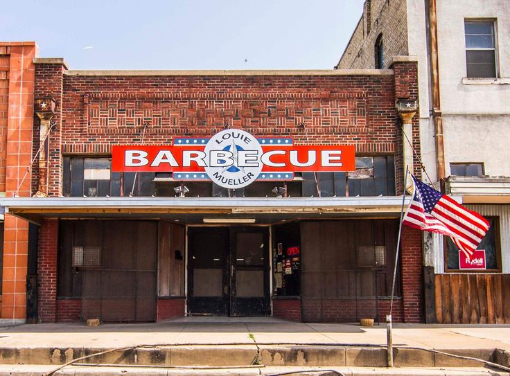 Best Small Towns in Texas You Need to Visit: Canton, Taylor, & More - Thrillist