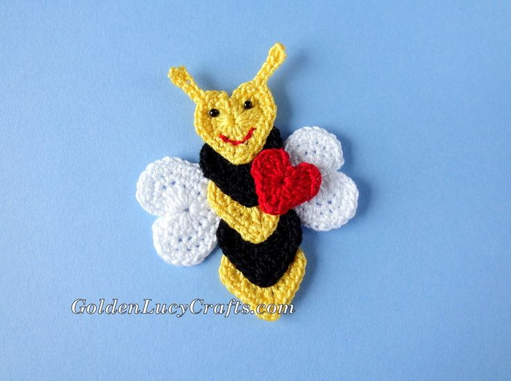 Bee Mine Crochet Applique - Free Pattern http://www.goldenlucycrafts.com/free-patterns/bee-mine-crochet-applique