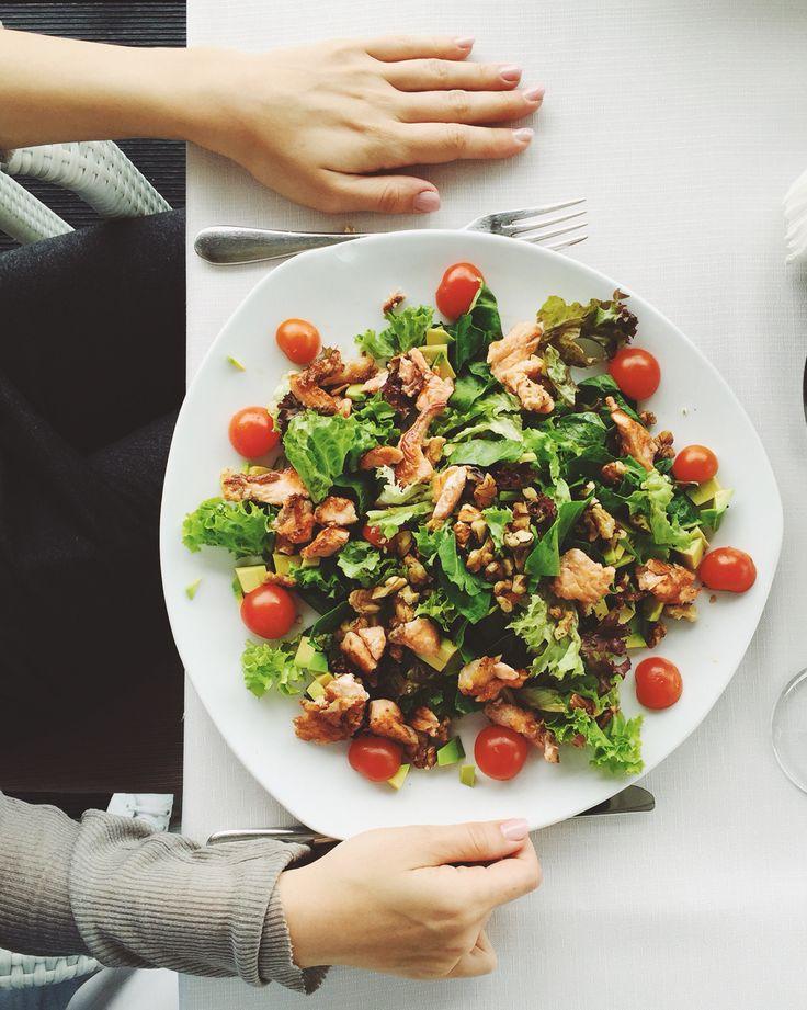 Avocado and salmon salad