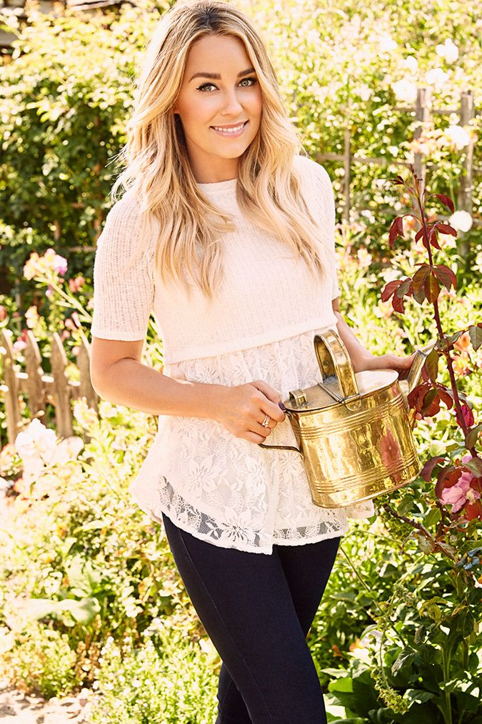 If you've always dreamed of a wardrobe like Lauren Conrad's, now is your chance to enter to win a wardrobe hand-picked by Lauren herself!