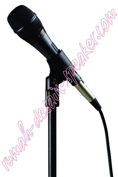 """TOA Microphone Kabel ZM-520  Dynamic mic unit, dark grey, panjang kabel 7 meter, cannon jack-plug type, switch magnetic geser, anti pop noise saat switch on, suara sangat peka dan jernih.  Saklar konvensional atau saklar biasa saat mic di hidupkan biasanya timbul suara """"dug"""", tetapi pada penggunaan saklar magnetic efek """"DUG"""" tidak akan terjadi. Cocok buat vocal, speech/pidato, ceramah, karaoke, dll.  Mic Dirancang dalam sistim balanced circuit,bila diinginkan menjadikan ZM-520 mic balanced…"""