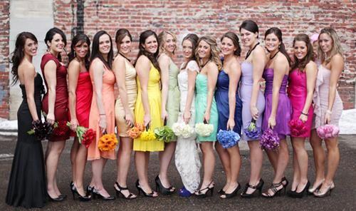 Платье свидетельницы невесты на свадьбе