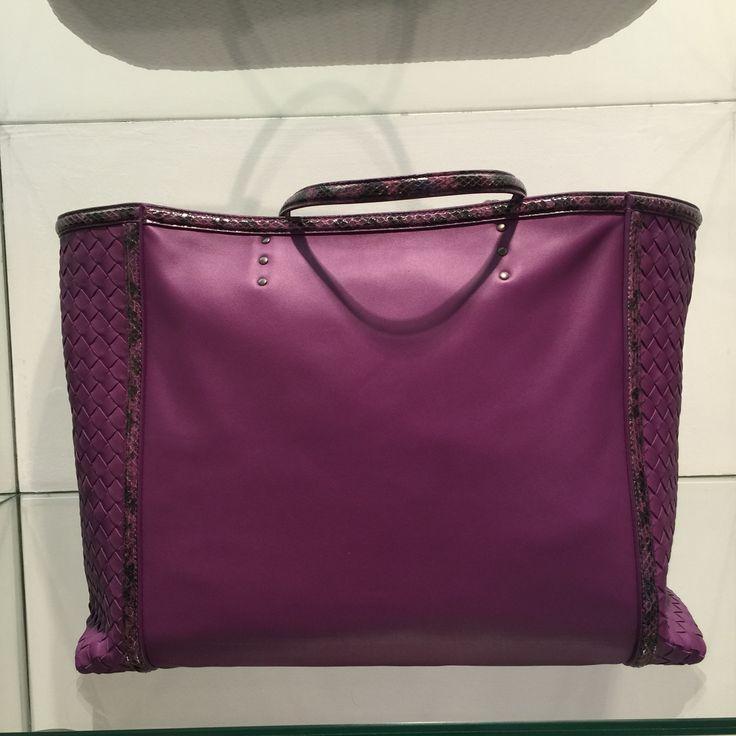 Bag by @BottegaVeneta #BottegaVeneta #shopping #bag #FolliFollie #FW14collection