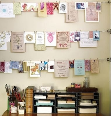 stringing up cards: Clotheslines, Clothing Line, Ideas, Cards Display, Hanging Pictures, Inspiration, Organizations, Desks Spaces, Kids Artworks