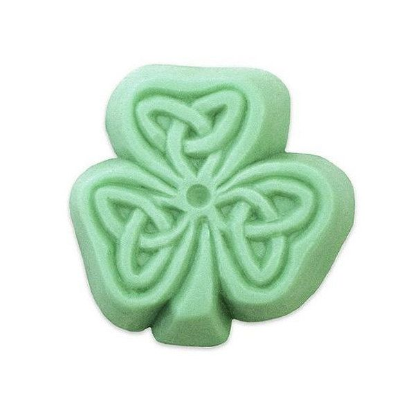 Lucky Clover Soap mold | Soapmaking supplies | Soapmaking mold | Handmade soaps, soapmaking, melt & pour, Cold process soap by campodifiore on Etsy