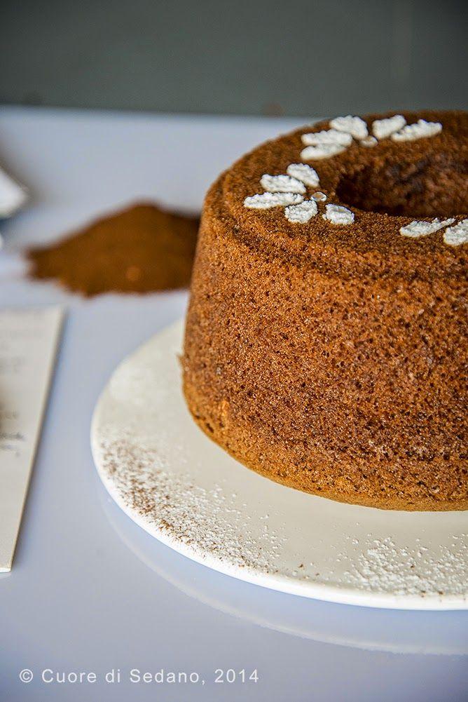 Chiffon Cake al cacao e rum - Cuore di Sedano