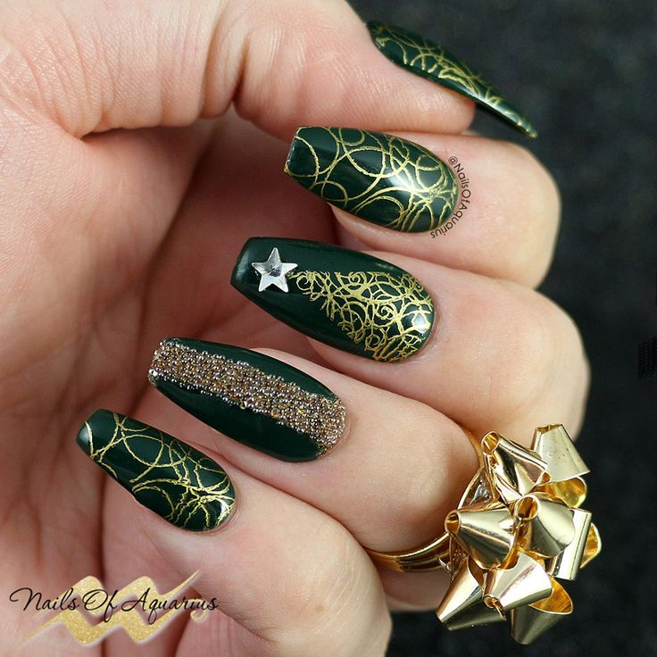 1742 best nail art christmas and winter holidays images on sparkling evergreen stamped christmas nail art with opi prinsesfo Image collections