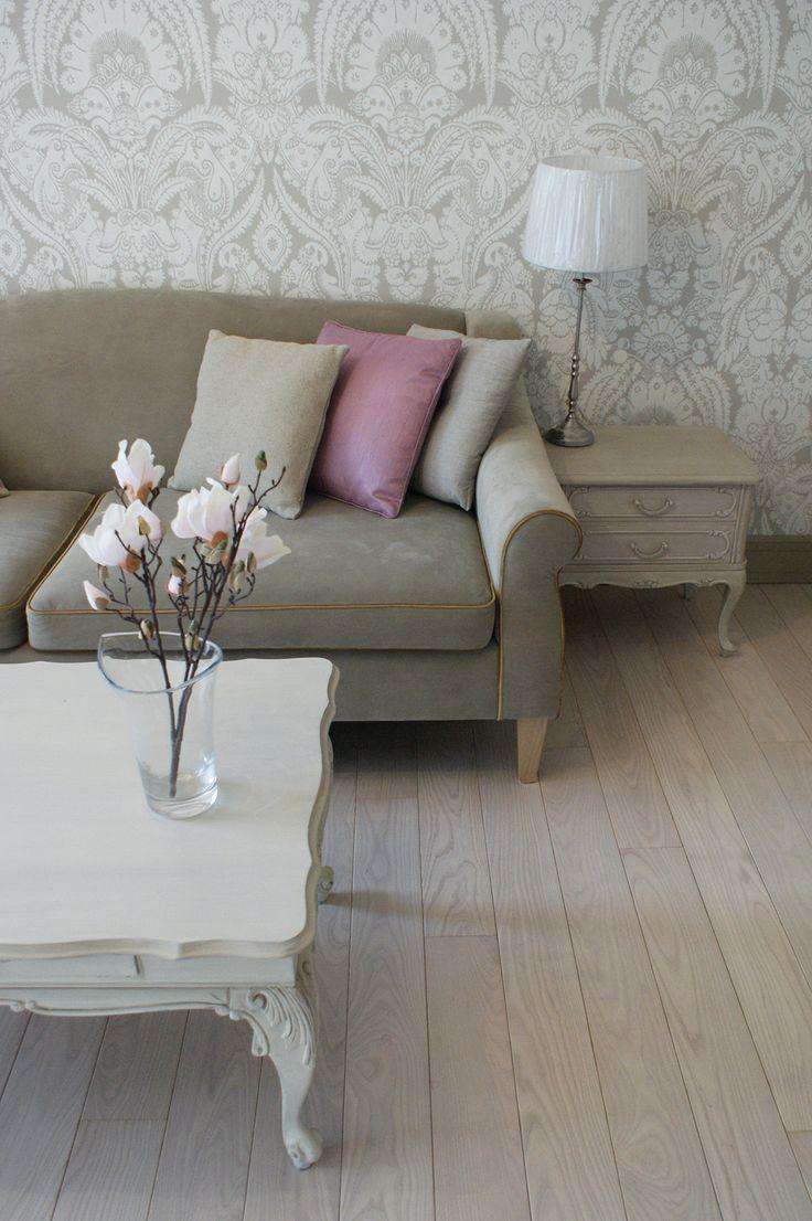 Lush Design pastel floral