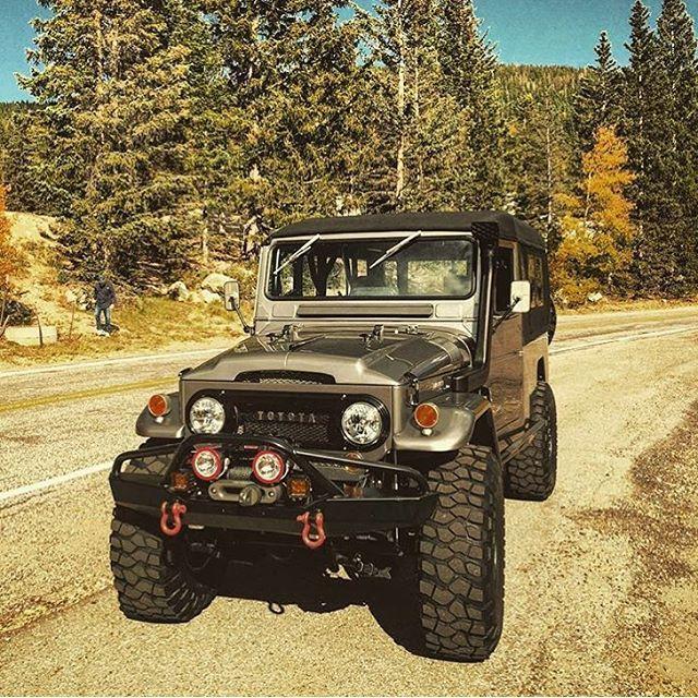 "Nice Toyota 2017: LandCruiserFj40 on Instagram: ""@cruisershirts #landcruiserfj40 #toyota #landcruiser #fj40 #4x4 #mud #landcruisertoyota #offroad #trilha #trial #fjtoyota #fj40toyota…""  4 x 4 & Trucks & SUV"