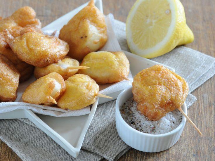 Découvrez la recette Beignets de crevettes sur cuisineactuelle.fr.