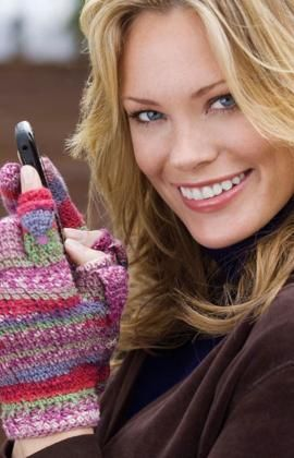 Texting Gloves Free Crochet Pattern from Red Heart Yarns