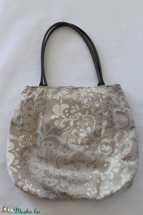 Beige táska (silvanafoltvarras) - Meska.hu