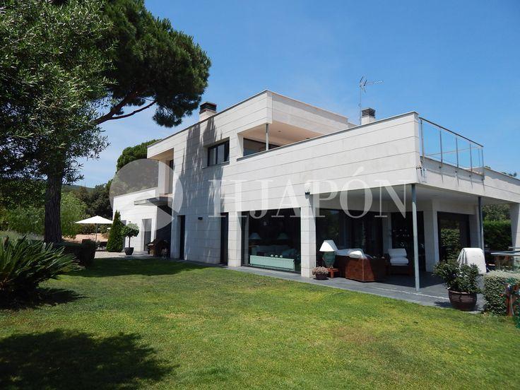 Spectacular design house for sale in Sant Andreu de Llavaneres, Spain