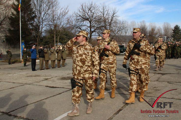 TREI DETAŞAMENTE SUNT PREGĂTITE PENTRU AFGANISTAN • Vineri, 15 ianuarie, pe platoul Batalionului 265 Poliţie Militară, din Bucureşti, a avut loc o ceremonie de plecare în misiune în teatrul de operaţii Afganistan a detaşamentelor Train Advise and Assist Command North (TAAC), Army Institutional Advisory Team (AIAT) şi International Military Police (IMP)
