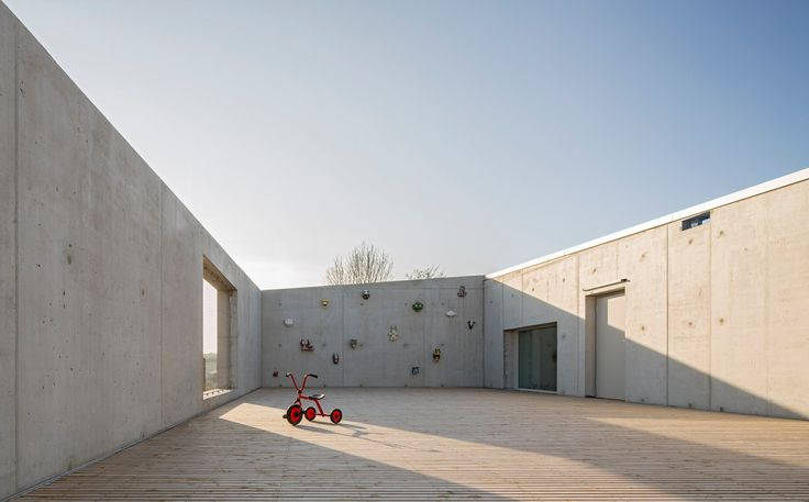 Aus einem Zusammenschluss der Universität mit dem Forschungszentrum Karlsruhe entstand im Jahr 2009 das Karlsruher Institut für...