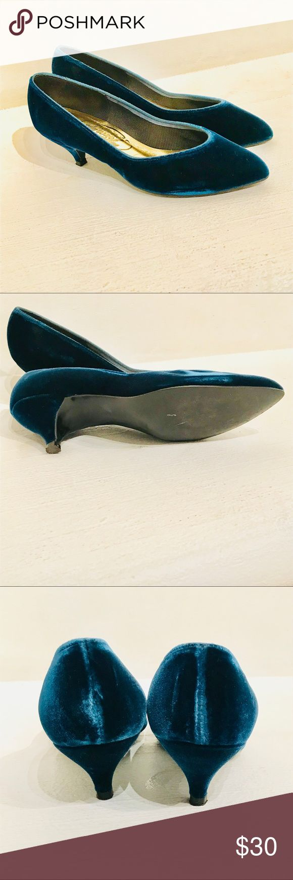 """Vintage 80s Peacock Blue Velvet Kitten Heels 6.5/7 These insanely gorgeous velvet pumps are a stunning peacock blue, barely worn, with a ladylike pointed toe, 1.5"""" high heel, and  a comfy gold padded insole.  The color is difficult to photograph, but these will definitely put a little posh in your step.    Ladies size 7 but they run a little small. If you are a small 7 or a bigger 6.5 they should fit.   Fabulous!! Vintage Shoes Heels"""