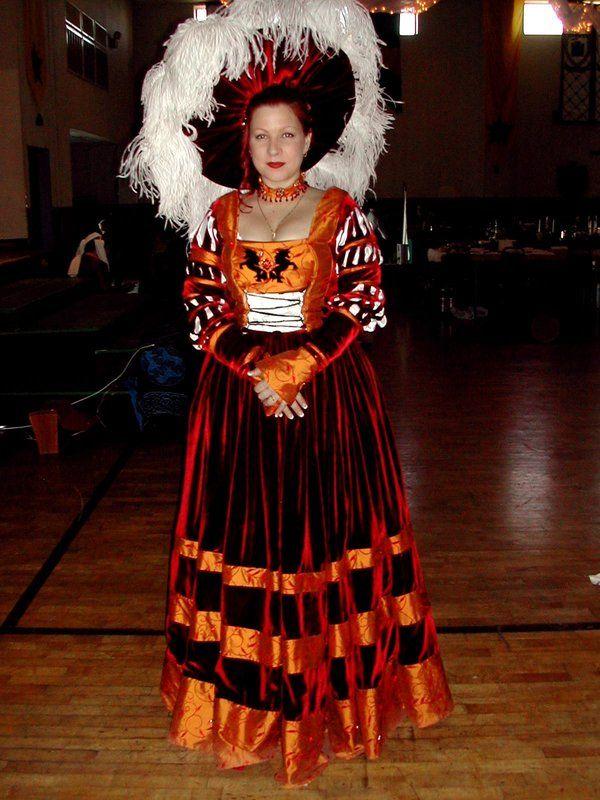 17 best Cranach Dress Ideas images on Pinterest | Renaissance ...
