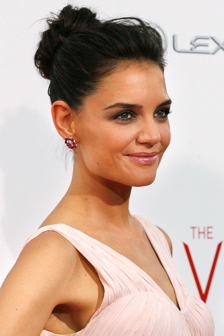 Updo Buns With Bangs: Best Celebrity Messy Bun Hairstyles ...