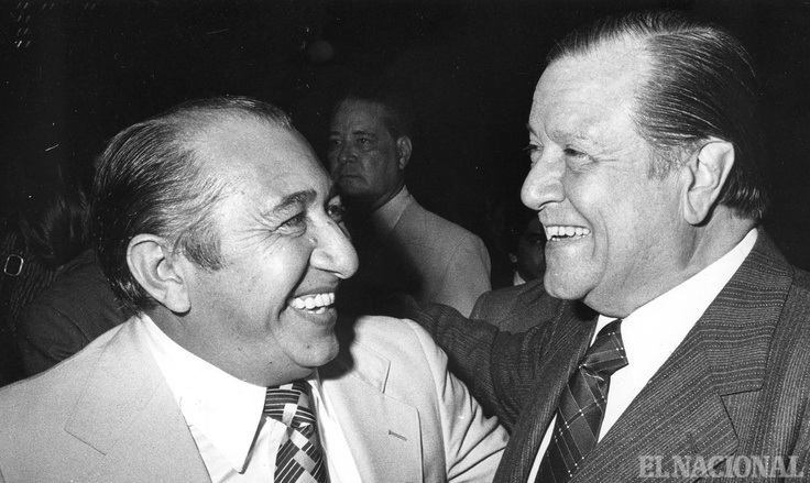 Simon Diaz y Rafael Caldera en el 35 Aniversario diario El Nacional. Caracas, 03-08-1978 (ARCHIVO EL NACIONAL)