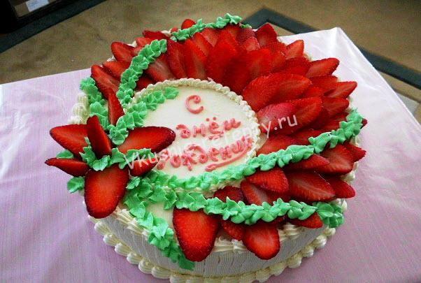 Как украшать торт сметанным кремом