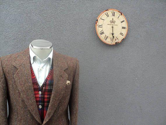 1980s HARRIS TWEED Jacket / Vintage Scottish Wool Sport Coat /