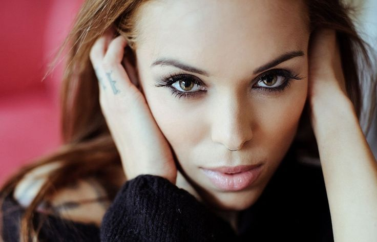 desktop wallpaper for arabella drummond