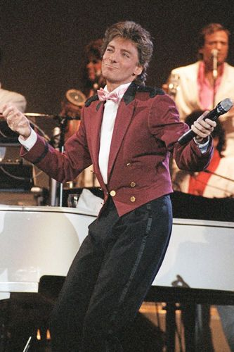 909 best Barry Manilow images on Pinterest   Barry manilow, Life ...
