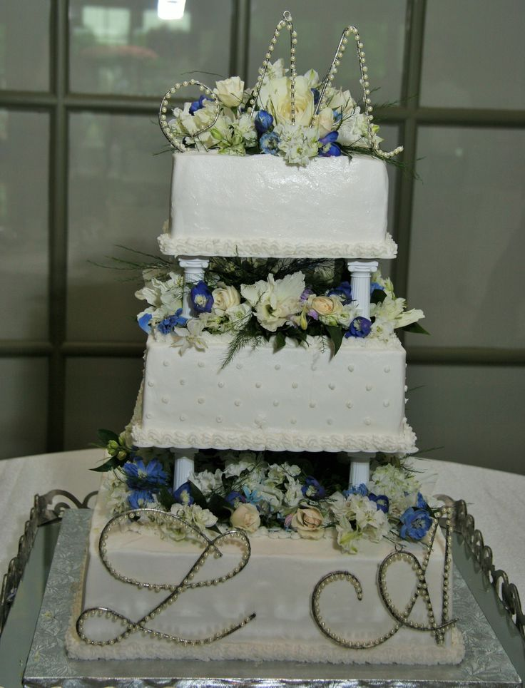 wedding cake with columns 1000 images about cakes and desserts on 26852