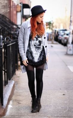 Conheça o estilo gótico suave, saiba como inseri-lo nos seus looks, assista tutoriais para fazer maquiagem gótica e veja vários looks para se inspirar.