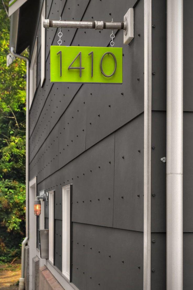 McKelvey Residence by RW Anderson Homes http://casa.abril.com.br/materia/10-numeros-de-casa-moderninhos-para-ter-uma-fachada-incrivel