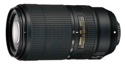 Nikon annonce aujourd'hui l'arrivée prochaine du Nikon AF-P 70-300mm ED VR. Il s'agit là d'une mise à jour de son prédécesseur avec une stabilisation améliorée (dont un mode sport) et une mise au point encore plus rapide et silencieuse. Les détails sur LMDP.