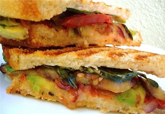 Farmers Market Panini with Tangy Balsamic Grilled Eggplant, Tomatoes, Avocado, and Garlic White Bean Puree #vegan #healthyWhite Beans, Balsamic Grilled, Crusty Farmers, Vegan Recipe, Farmers Marketing, Paninis Sandwiches, Beans Puree, Marketing Paninis, Grilled Eggplants