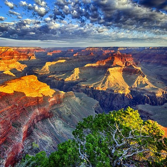 Sunrise in the Grand Canyon