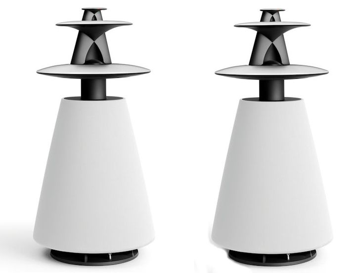 Beolab 5 in white. Just so lovely and powerfull.