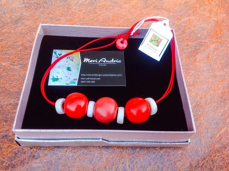 Love Red by MeriArtDesigns on Etsy