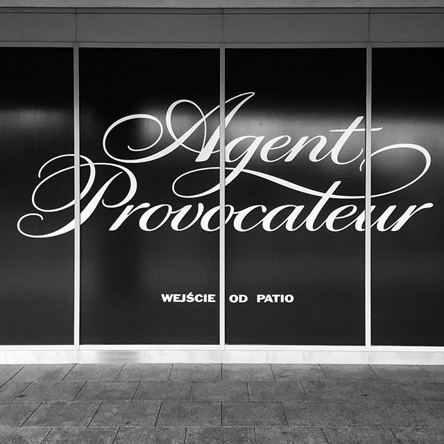 #provocateur #redford&grant #typografiawarszawy #typography #typografia #igerswarsaw #igerspoland #warszawa #warsaw #poland #polska #shop #boutique #placpiłsudskiego #redfordandgrant