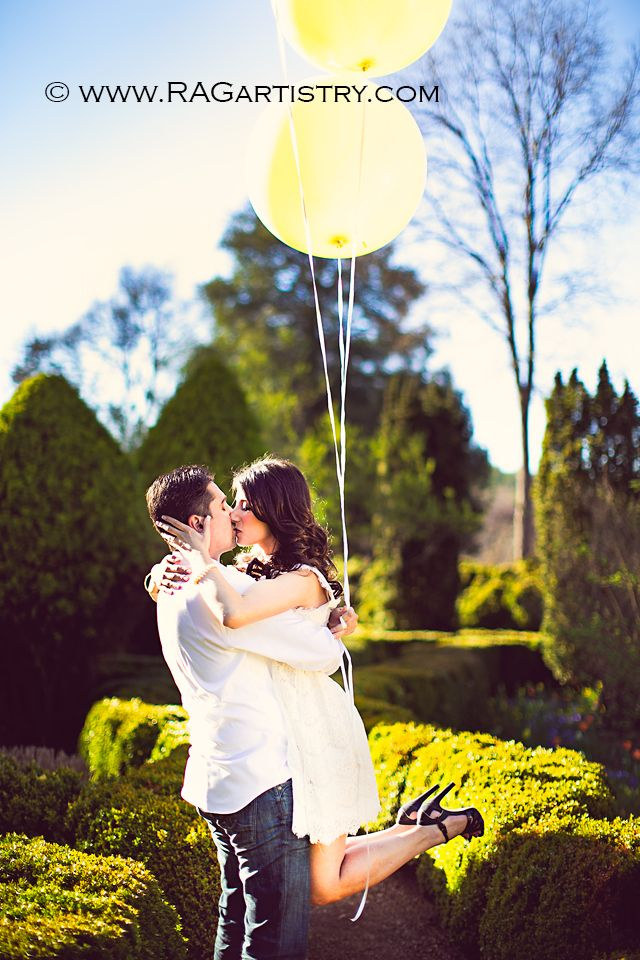 Kathy + Juan :: A Barnsley Gardens Engagement