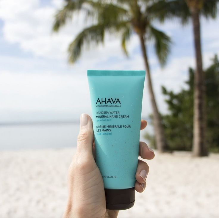 @AHAVA have released another beautifully fragranced Mineral Hand Cream. Sea-kissed.💋💙 Powered by osmotor, with an exclusive blend of minerals sourced from the wondrous Dead Sea Waters. Click on the link to purchase. #ahava #sea-kissed #deadseawater #deadsea #mineral #handcream