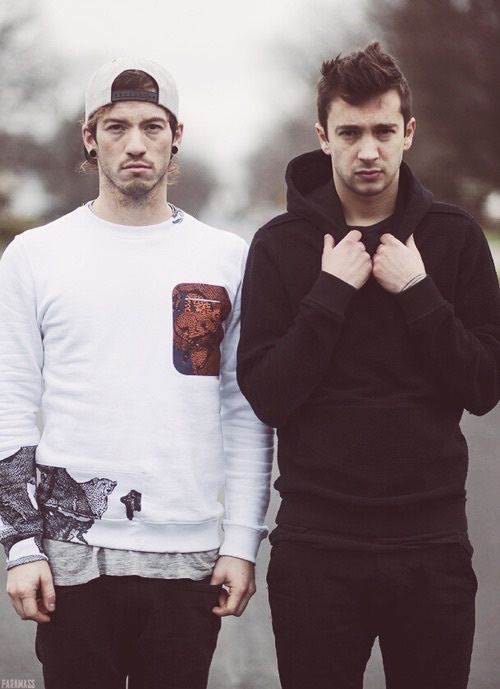 friend, twenty one pilots, tyler joseph, josh dun