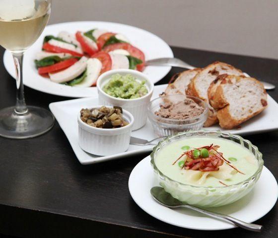 ディップは、ナスのバルサミコ炒め、簡単レバーペースト、ワカモレ。 - 7件のもぐもぐ - 枝豆スープパスタと三種のディップ、カプレーゼ by mayugarita
