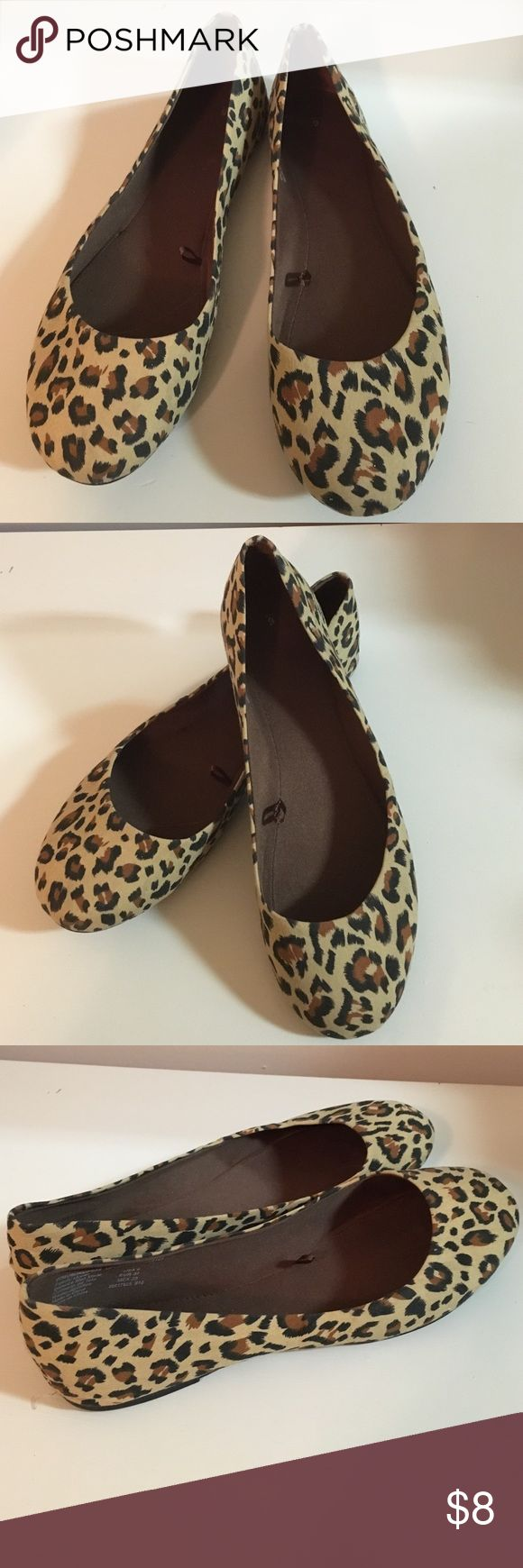 Cheetah Flats Cheetah Flats, worn once! They are a 6 but fit me perfect and I wear 6.5. Shoes Flats & Loafers