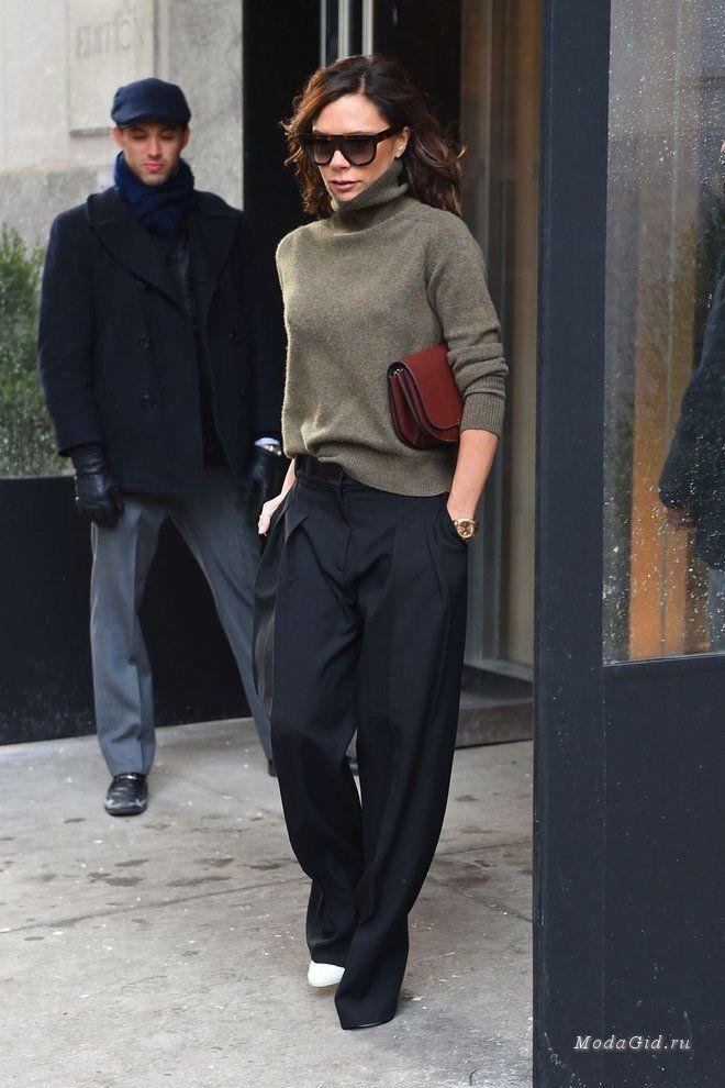 Стиль кэжуал популярен не только у блогеров, но и у знаменитостей. Да и кто не любит подобрать комфортную и стильную одежду на каждый день? Давайте посмотрим какие весенние образы в стиле каэжуал продемонстрировали Джиджи Хадид, Блейк Лайвли, Оливия Палермо и другие знаменитости в повседневной жизни.