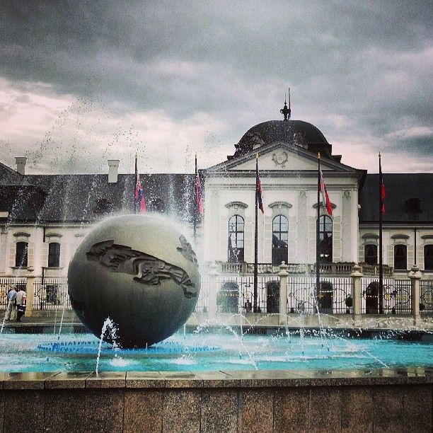 Presidential palace in #Bratislava by pavelkremnev
