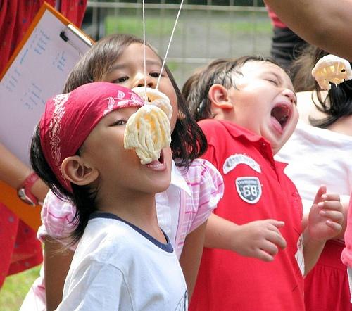 Indonesian Independence Day Celebration! Lomba Makan Kerupuk <3