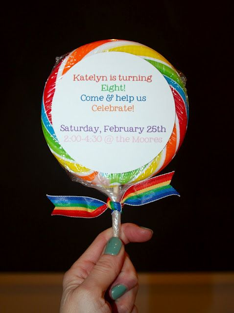 Rainbow theme party ideas: Fun Parties, Theme Parties, Rainbows Theme, Parties Favors, Rainbows Parties, Invitations Ideas, Parties Ideas, Birthday Parties Invitations, Birthday Ideas